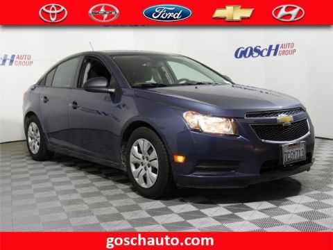 Pre-Owned 2014 Chevrolet Cruze LS Front Wheel Drive Sedan