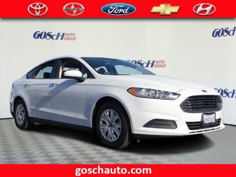 Pre-Owned 2013 Ford Fusion S Front Wheel Drive Sedan