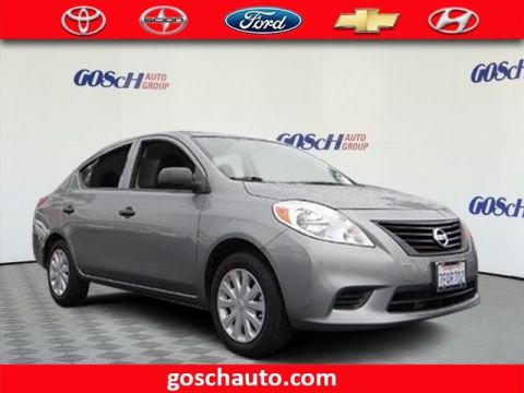 Pre-Owned 2014 Nissan Versa S Front Wheel Drive Sedan